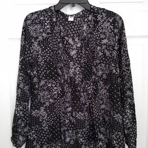 Old Navy Long Sleeve Blouse, Size M
